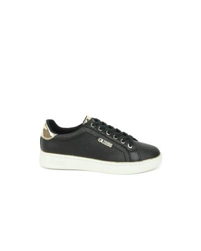 Scarpa Sneakers Guess Donna logata  in similpelle nera con inserti laminati e logo laterale