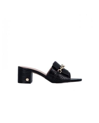 Sandalo Gattinoni Roma donna con tacco quadrato e catena dorata