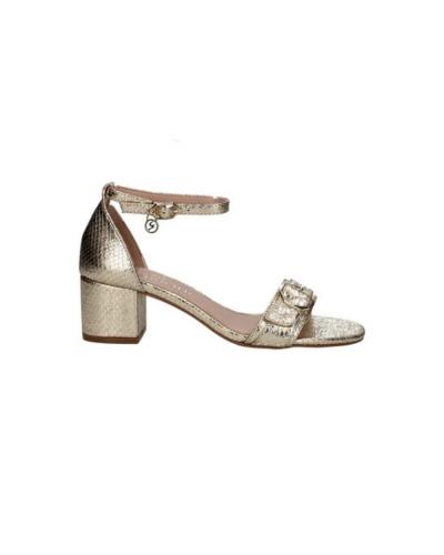 Sandalo laminato Donna con fibbia alla caviglia e ciondolo pendente